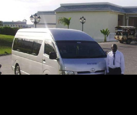 Antsman Tour Jamaica: www.antsmantoursja.com