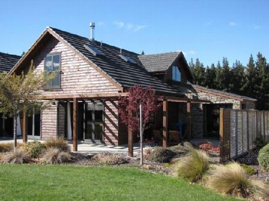 Lake Wanaka Villas at Heritage Village Country Resort: Villa 8