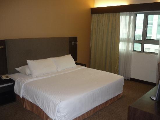 master room bed