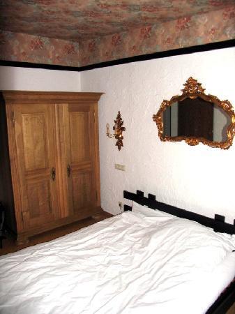 Contel Hotel: Bedroom
