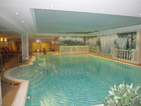 pool picture of hotel palace berlin berlin tripadvisor. Black Bedroom Furniture Sets. Home Design Ideas