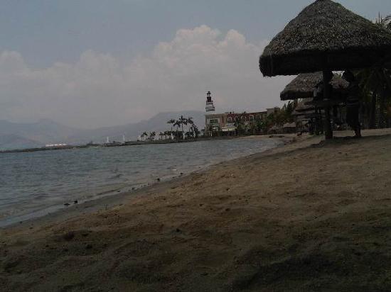 Subic International Hotel: subic beach
