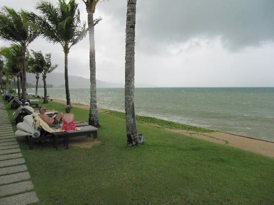 Chongfah Beach Resort: der Ausblick