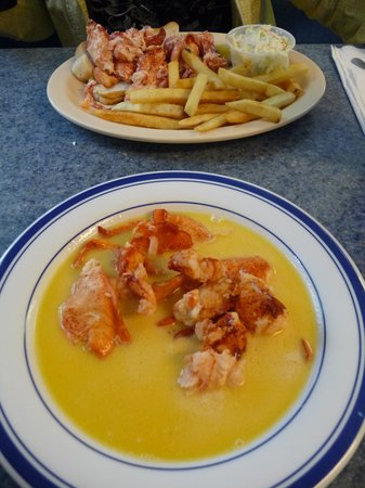 Eagles Nest Resturant: Simply amazing Lobster Stew and LObster Roll