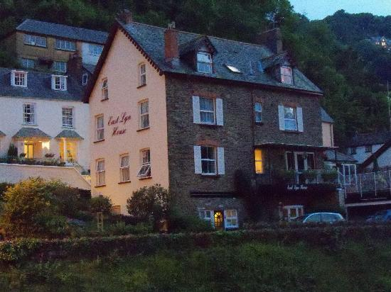 East Lyn House Hotel: East Lyn House at dusk