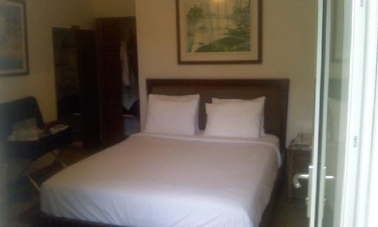 La Playita : room bed