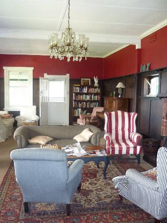 Karbeethong Lodge: Guest Lounge