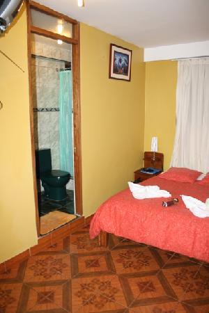 Pirwa Hostel Machu Picchu: Bathroom