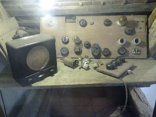 Colditz, Germany: Radio found in castle