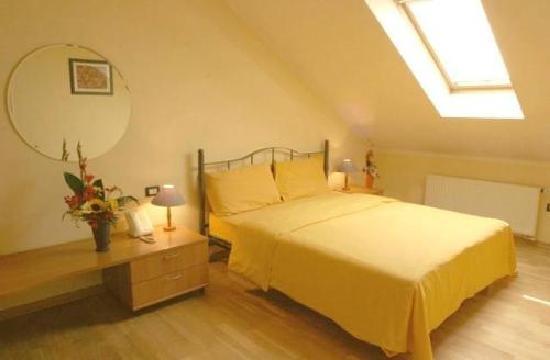 Central Hotel Tiepolo: Bedroom