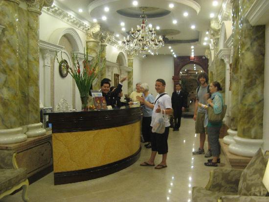 Hanoi City Palace Hotel: Lobby of Hotel Elegance 3