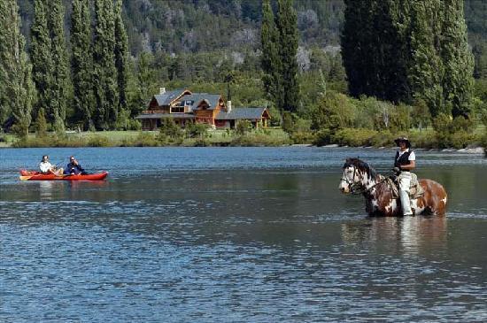 Estancia Peuma Hue: Horseback riding and fishing at Peuma Hue