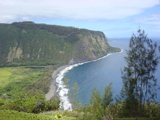 ‪‪Honokaa‬, هاواي: Waipio Valley and Beach‬