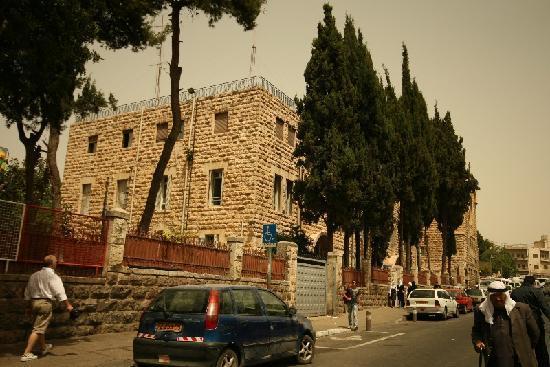 Franciscaines de Marie: il Convento 1