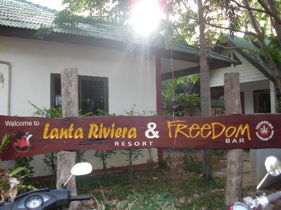 Lanta Riviera Resort: entrer