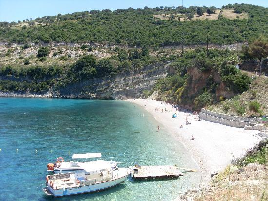 Αλυκές, Ελλάδα: the beach where we have booked accomodation for our honymoon