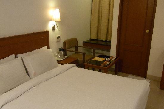 Hotel Chandra Park: ベッド