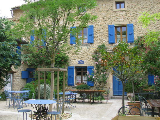 Seguret, France: La Bastide Bleue - patio