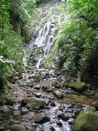 Anton Valley Hotel: El Mocho waterfall
