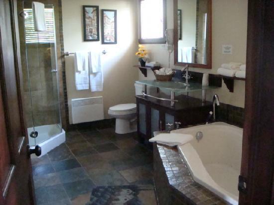 Motel Le Jolibourg: Salle de bain