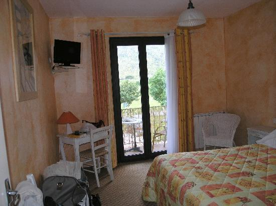 Hotel Le Provence: Chambre avec balcon
