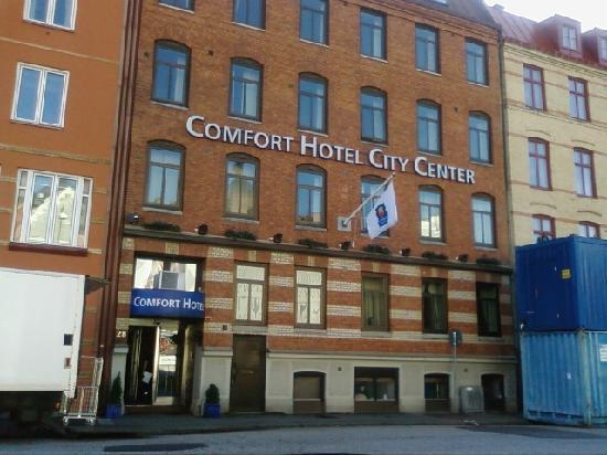 Hotel from street 1 bild fr n center hotel g teborg for Hotel vasa gothenburg