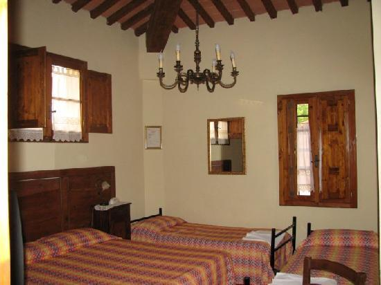 Hotel Villa Maya: Our 4 bed room at the Villa Maya