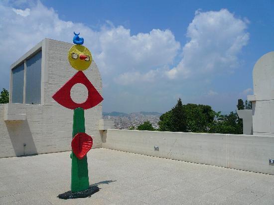 Fondation Joan Miró (Fundació Joan Miró) : museum roof top