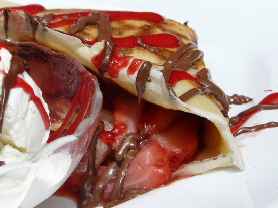 """Squat and Gobble Cafe : """"the"""" crêpe"""