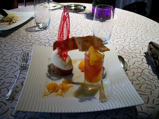 Restaurant Hotel Baud: Nages d'agrumes au champagne rosé