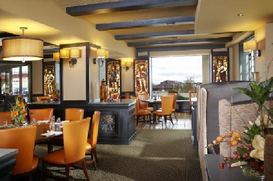 Hotel Julien Dubuque: Caroline's Restaurant