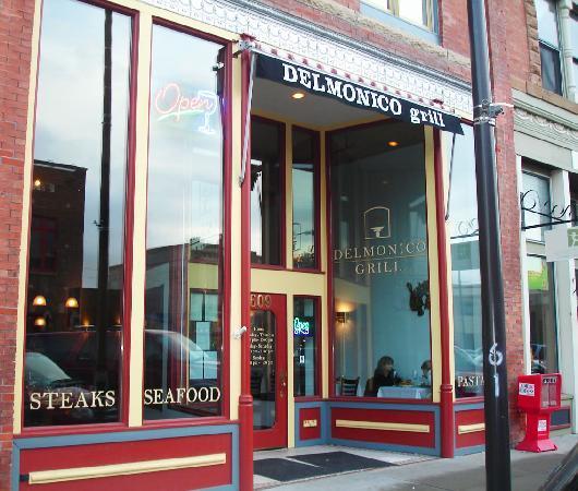 Delmonico Grill: Street Front