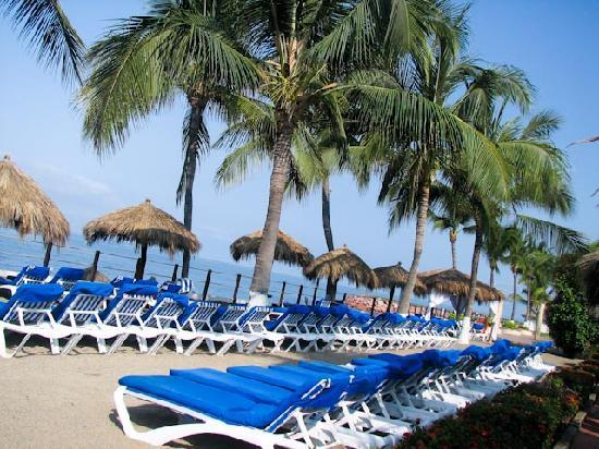 Melia Puerto Vallarta All Inclusive: great place for sunning