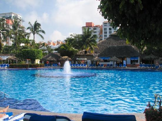Melia Puerto Vallarta All Inclusive: This has to be the largest pool ever