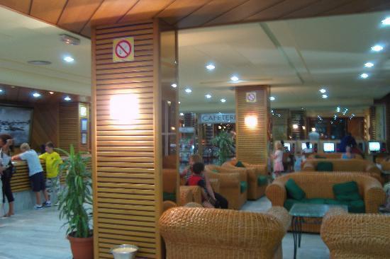 Ohtels Belvedere: Le hall d'accueil