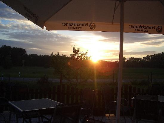Cross-Country-Hotel Ruppiner Land: Sonnenuntergang - Schön