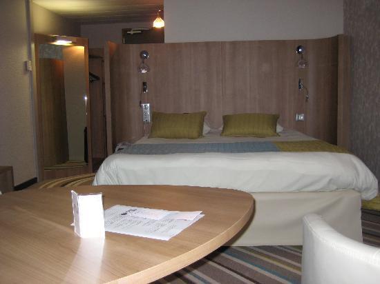 Mercure Angers Centre : Super bed