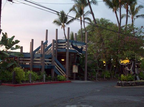 Huggo's Restaurant: Entrance to Huggos.
