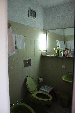 Hotel Alkyon: Badeværelset
