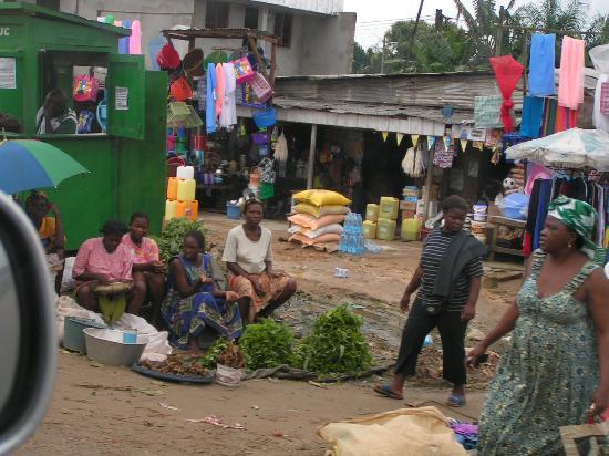 Chad: marché à Douala