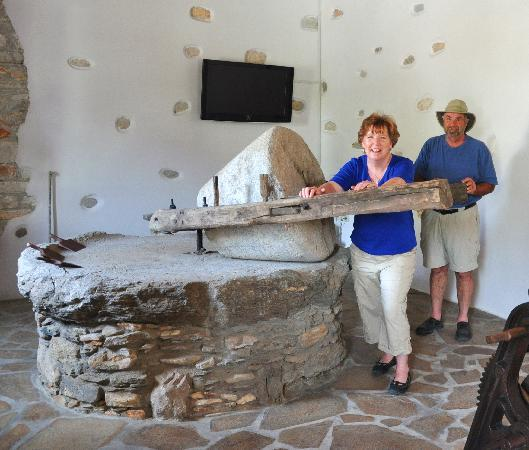 Hotel Grotta: olive oil museum