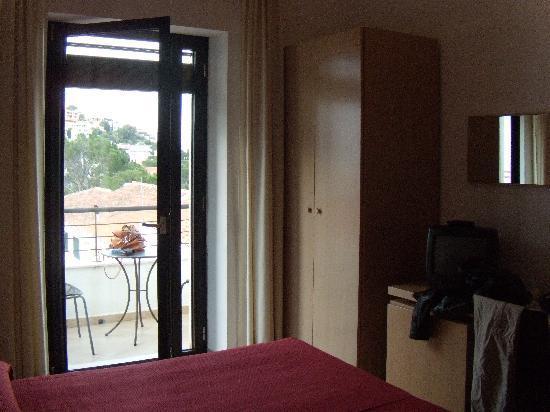 Hotel Cala Luna: camera