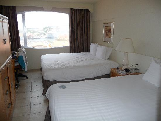Plaza Hotel Curacao: twin beded room 8th floor