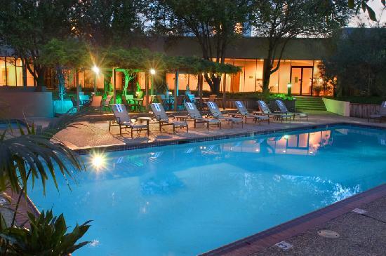 Hilton Houston Westchase Pool
