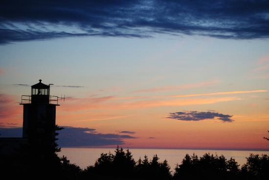Digby Backpackers Inn: A digby sunset to remember