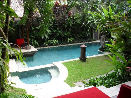 Sunclad Villa: Laki Uma pool