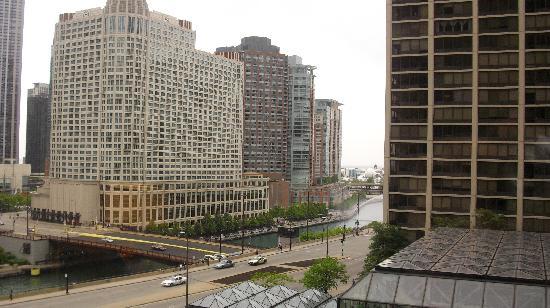 Hyatt Regency Chicago: View from our room on the 6th floor
