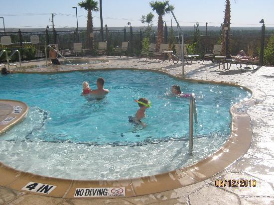 SpringHill Suites El Paso: The Pool Area is Very Family Friendly!