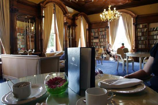 Oakley Hall Hotel: Afternoon Tea in The Library