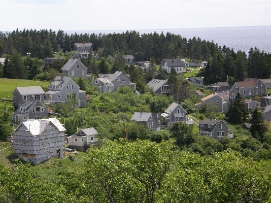 Tribler Cottage: Monhegan Village
